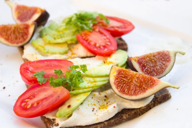 bread 1832919 1920 624x416 - Best Sandwiches For Lunch